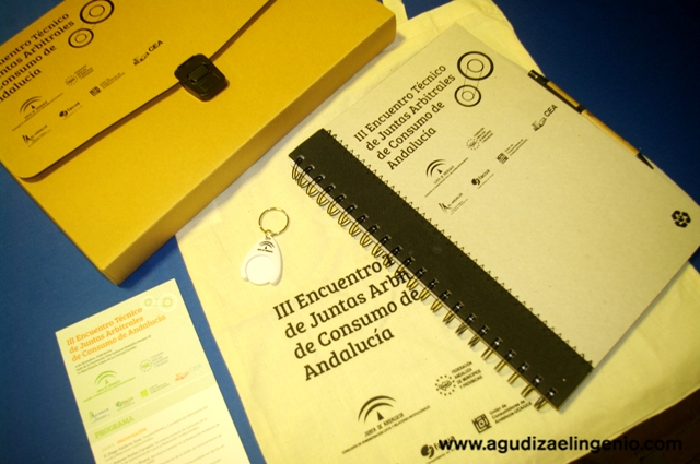 Material ecológico entregado a los asistentes en el III Encuentro Técnico de Juntas Arbitrales de Consumo de Andalucía