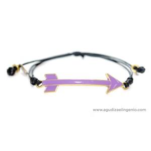 Pulsera metal dorado flecha esmaltada lila